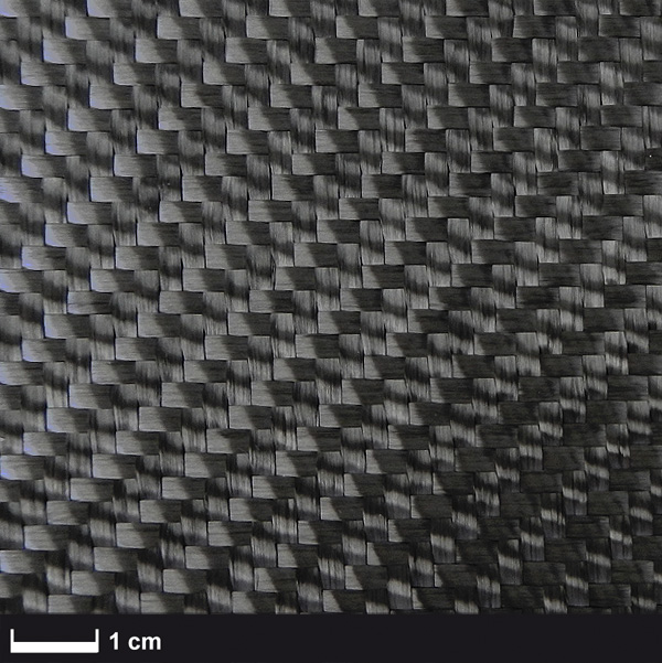 Углеродная ткань 600 г / м² (саржа) 100 см